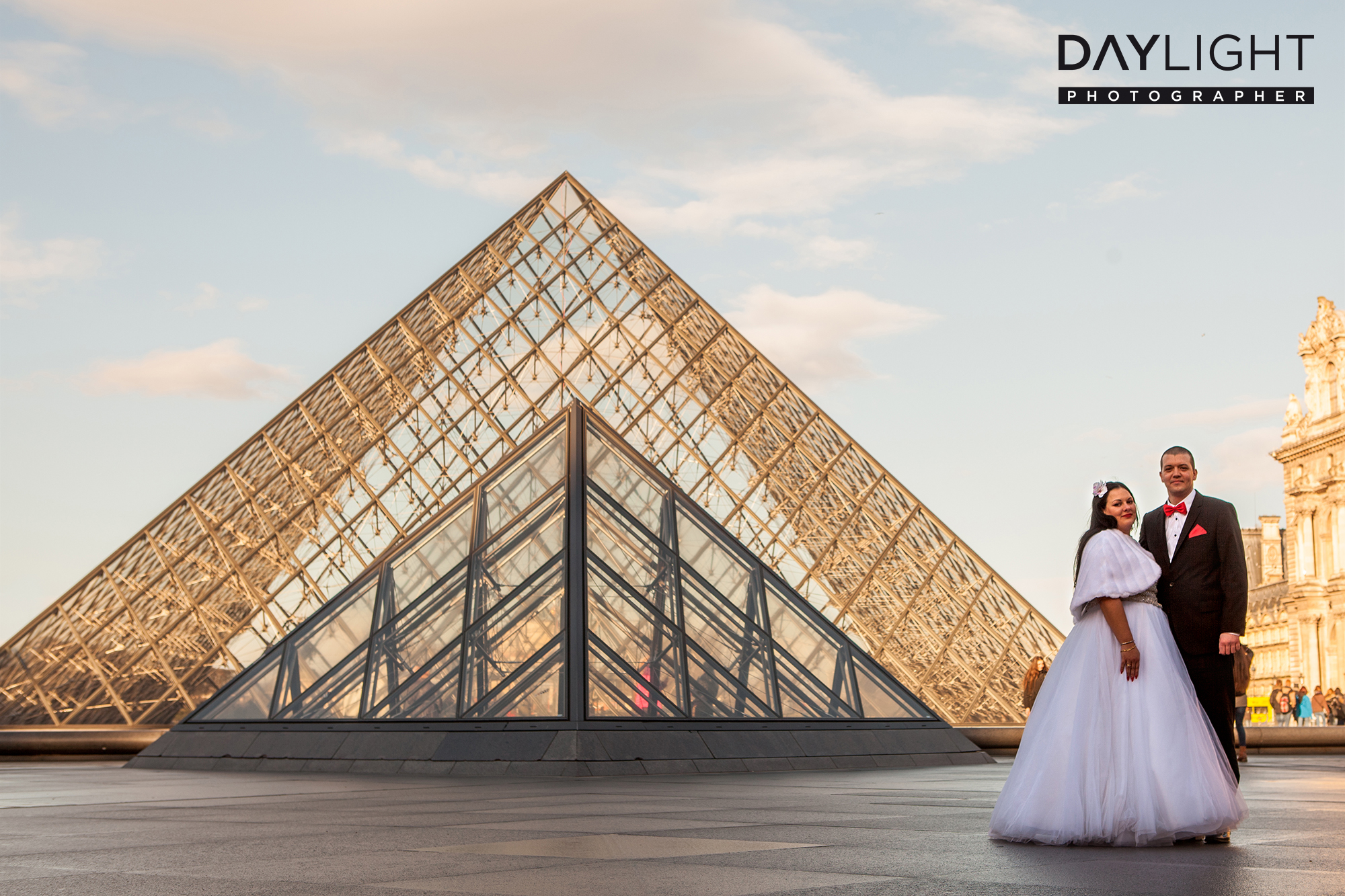 louvre paris wedding photographer