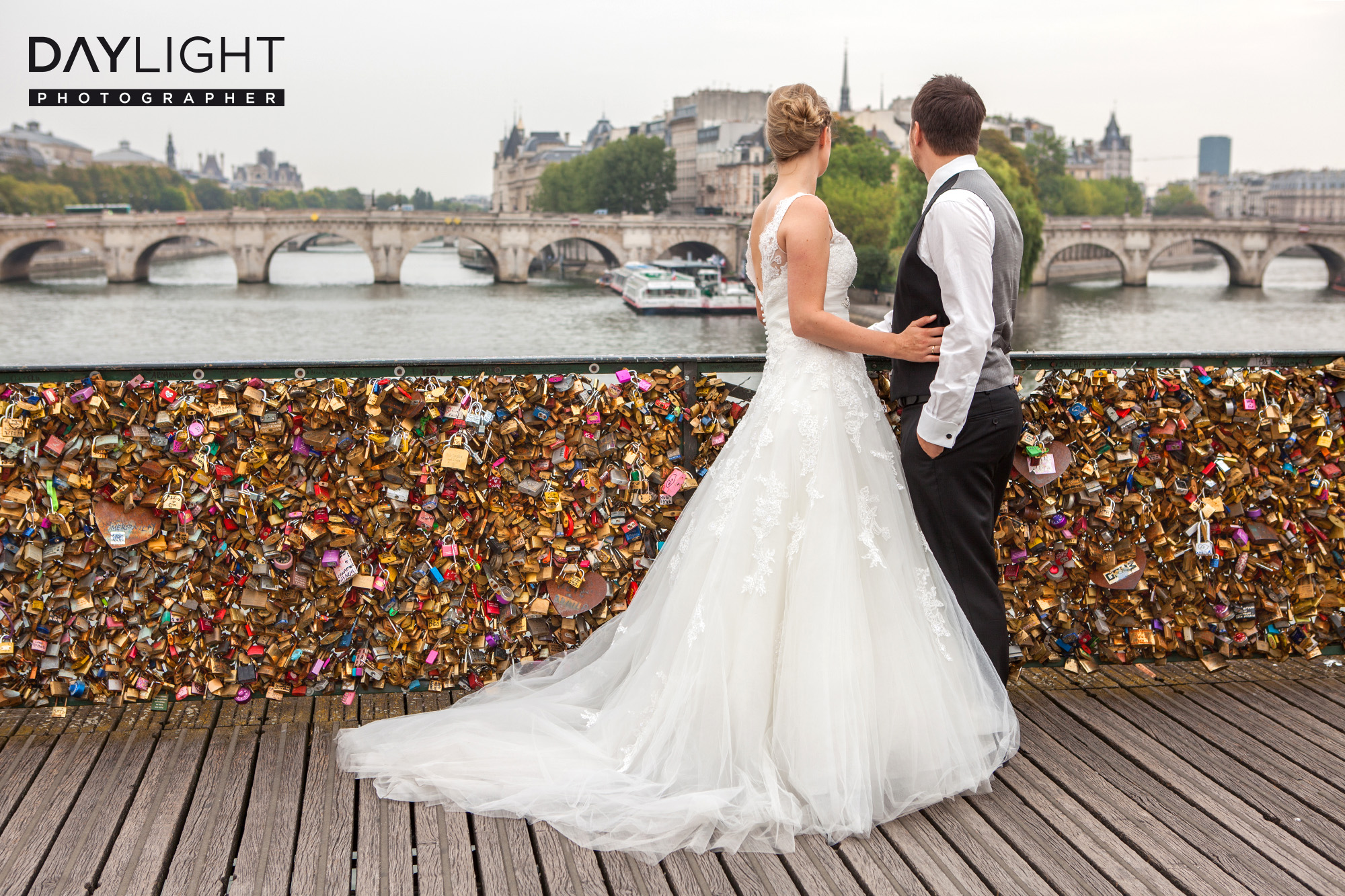 love key paris photographer wedding