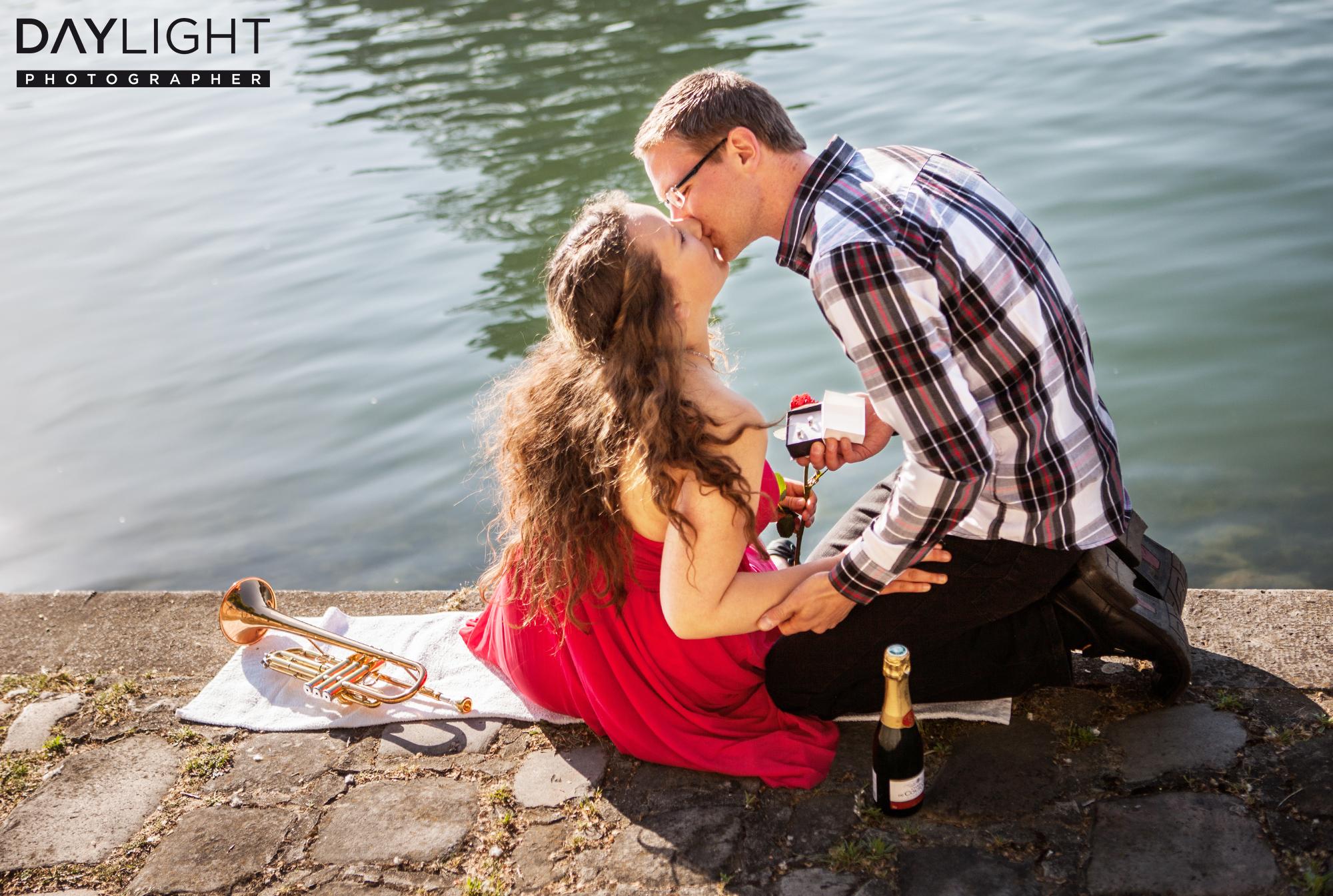 love proposal paris photographers