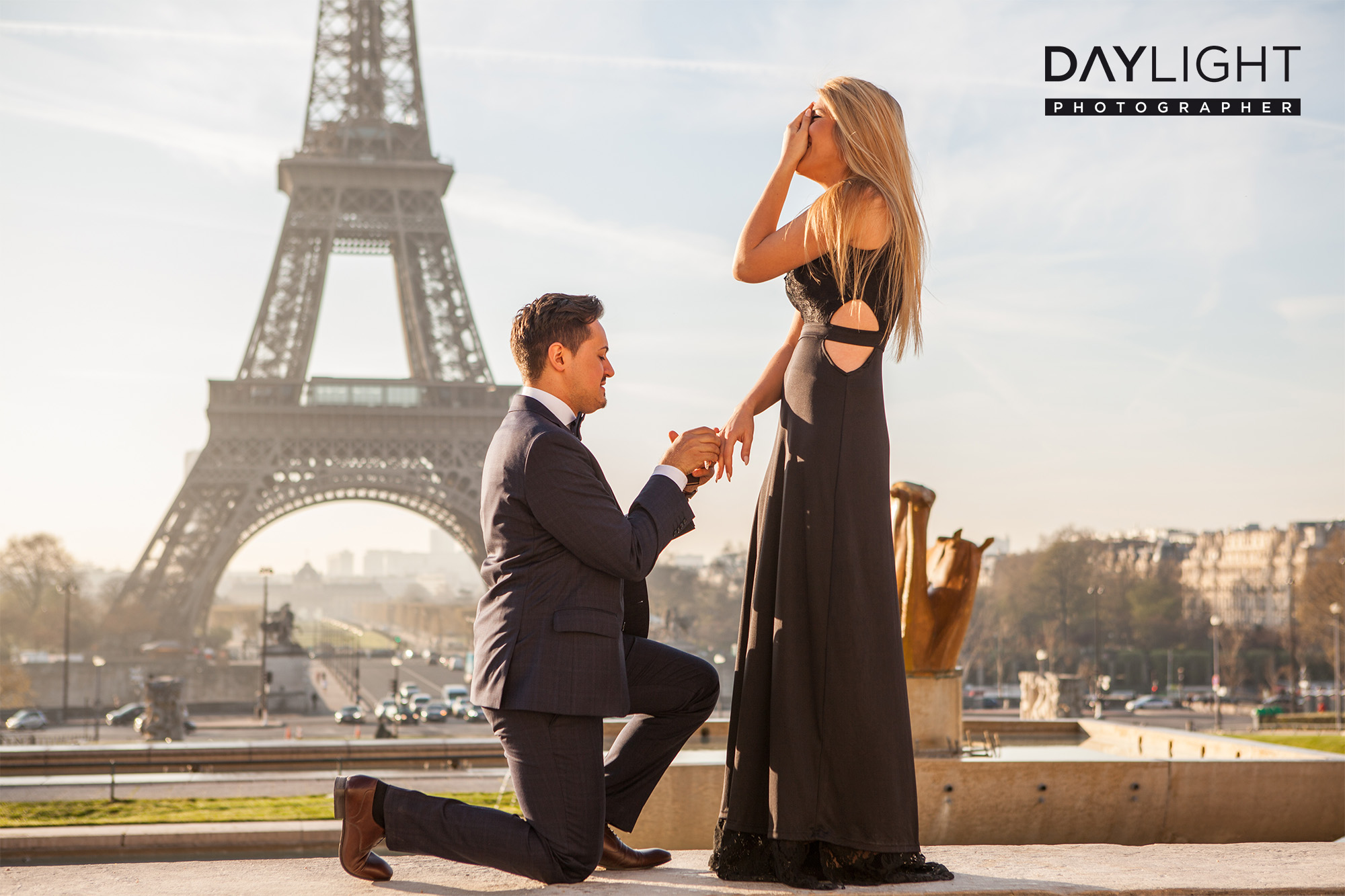 proposal wedding eiffel tower