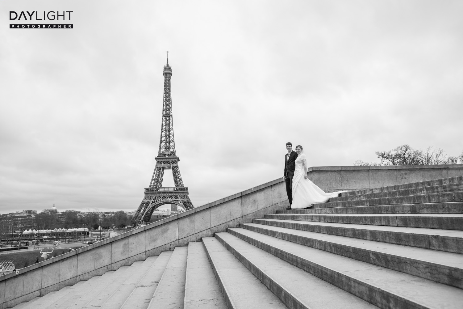 wedding paris photographer eiffeltower