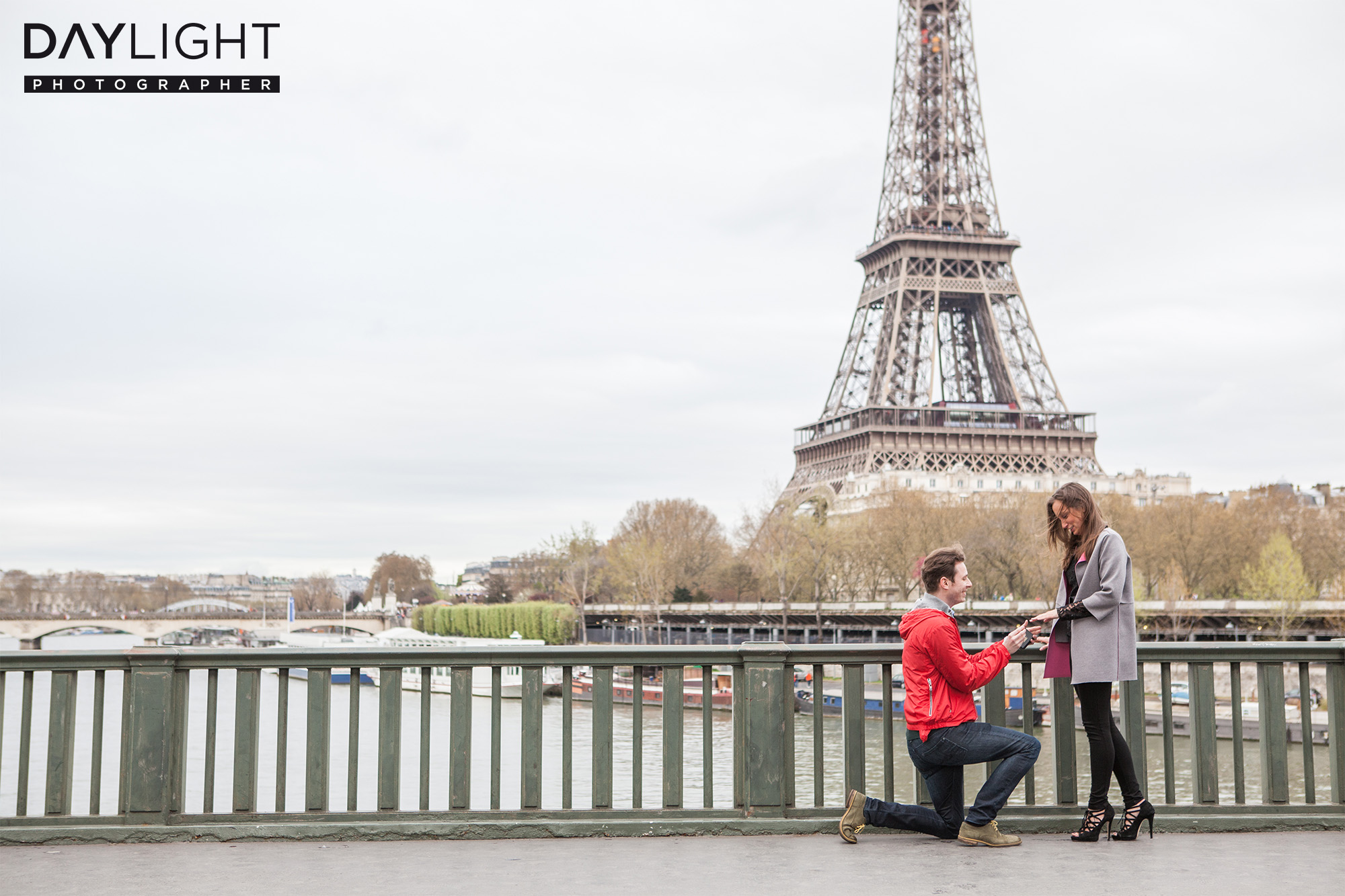wedding proposal in Paris